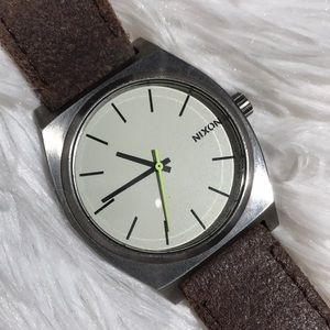 Nixon the time teller watch, genuine leather
